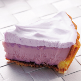 Lavender-Flavored Furano Snowmelt Cheese Cake